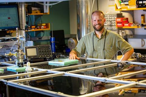 John Asbury, associate professor of chemistry, and team to develop microscopy laboratory at Penn State with NSF grant.