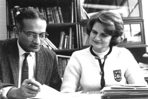Della Roy, right, reviewing research with her husband, Rustum Roy.