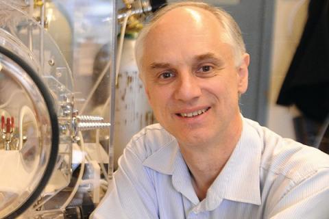 Renowned carbon capture technology expert Klaus Lackner will speak at the EarthTalks series