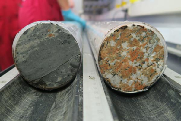 Cores taken from the Chicxulub crater show impact melt rock (left) and shocked granitoid (right)